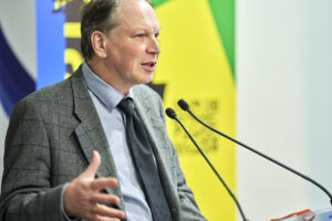 Brussels Ukraine Review presentation - Mark Andries