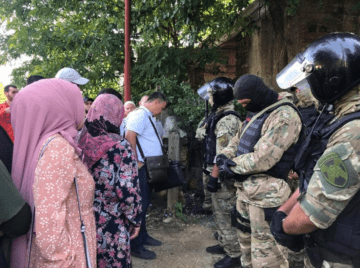 In the annexed Crimea, security forces again detain Tatars