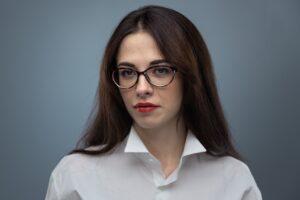 Olena Polosmak expert