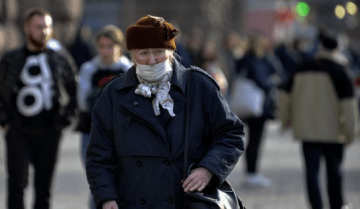 'Hours for Seniors': Are Restrictions in Ukraine Lawful?