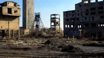 Mines in Occupied Territories Being Closed, Miners Recruited to Work in Russia