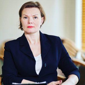 Olena Zhurochkina expertka