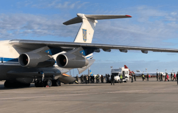 Ukrainian Military Successfully Evacuate Translators from Kabul after Failure of US and Canadian Operations